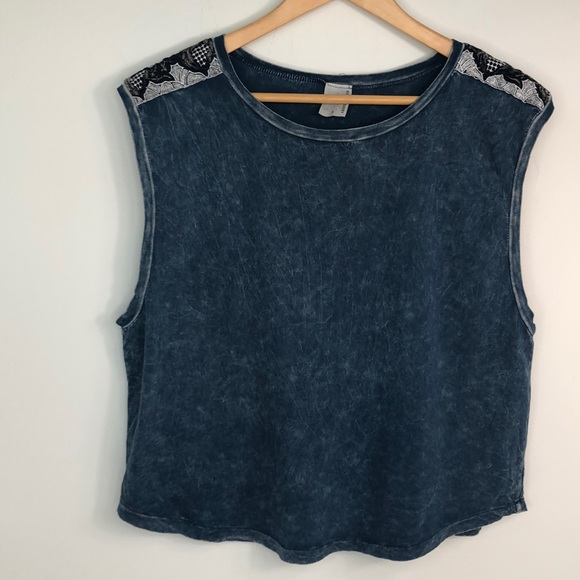 Tie-dyed tank top with embellished shoulders